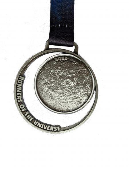 Mond Run - Runners of the universe